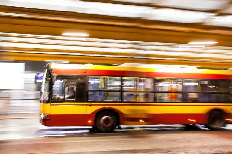 Sonhar com Ônibus