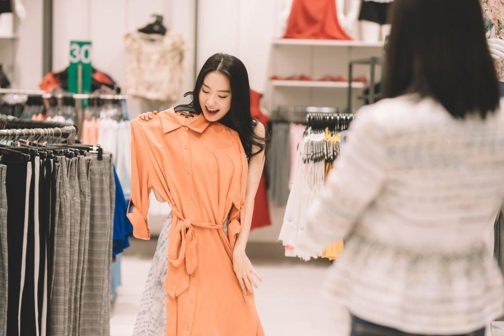Kleidung Kaufen - Bedeutung Und Symbolik Von Träumen 2